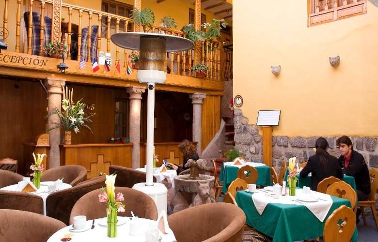 Hotel & Mirador Los Apus - Restaurant - 9