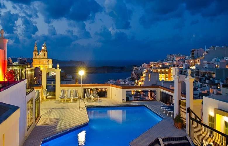 Solana Hotel & Spa - Terrace - 54