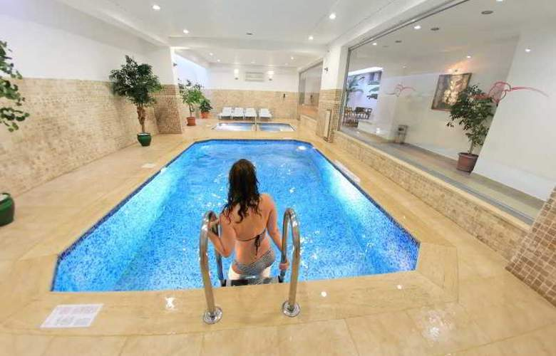 Elite Orkide Suite Hotel - Pool - 14