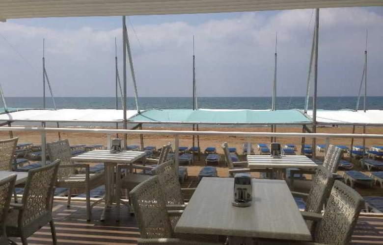 Terrace Elite Resort Hotel - Beach - 4