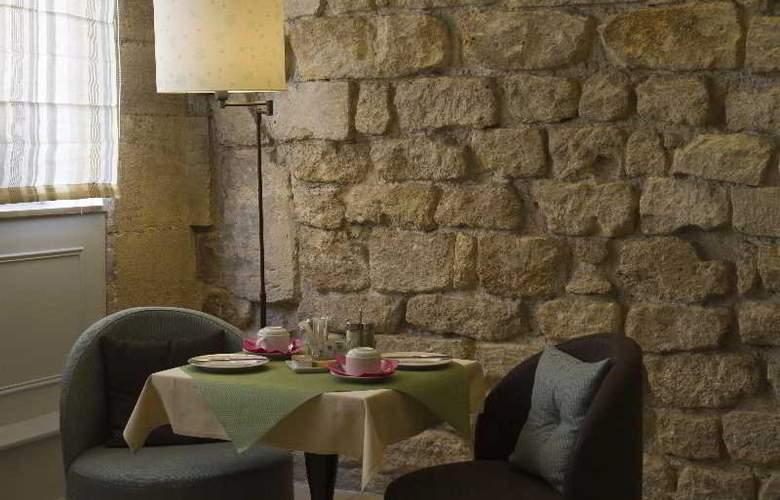 EMERAUDE HOTEL LOUVRE MONTANA - Restaurant - 11