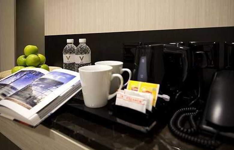 V Hotel Bencoolen - Room - 8