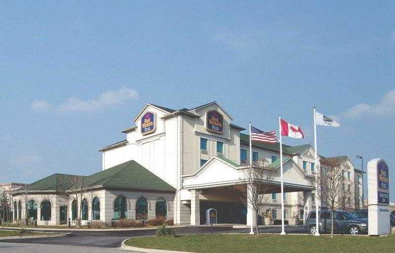 Best Western Plus Executive Inn Scarborough - Hotel - 18