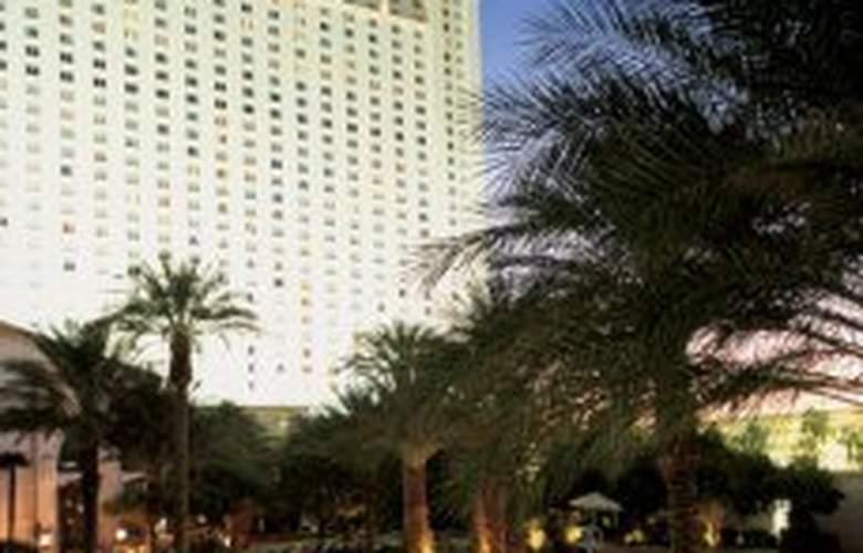 Monte Carlo Resort Casino - Pool - 4