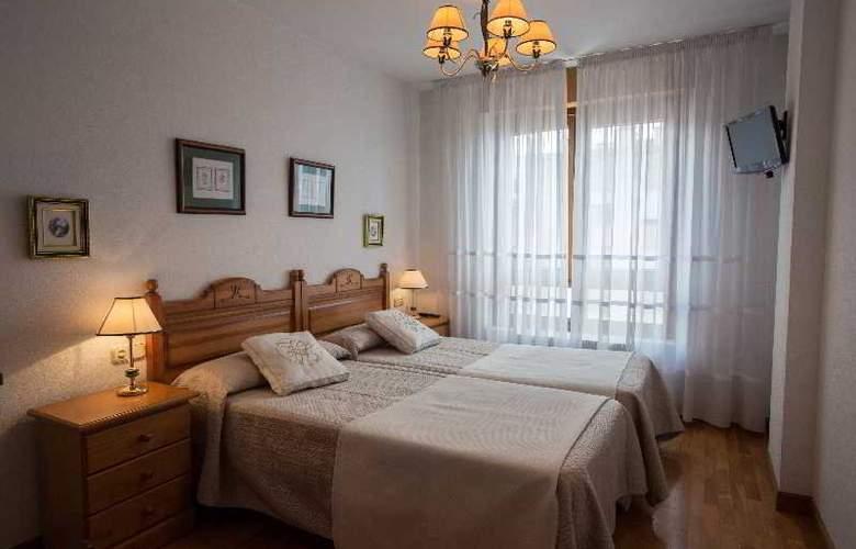 Apartamentos Gestion de Alojamientos - Room - 12