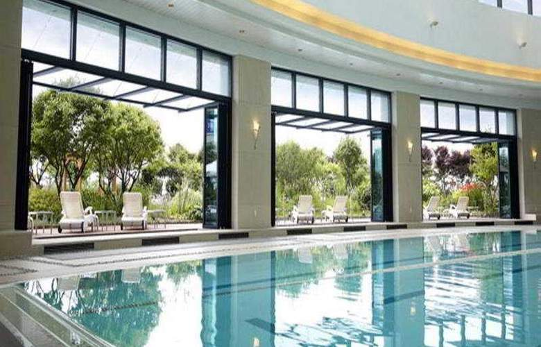 Hyatt Regency Incheon - Pool - 4