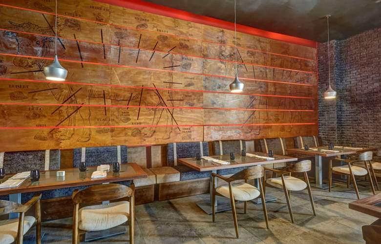 Hideaway at Royalton Negril - Restaurant - 21