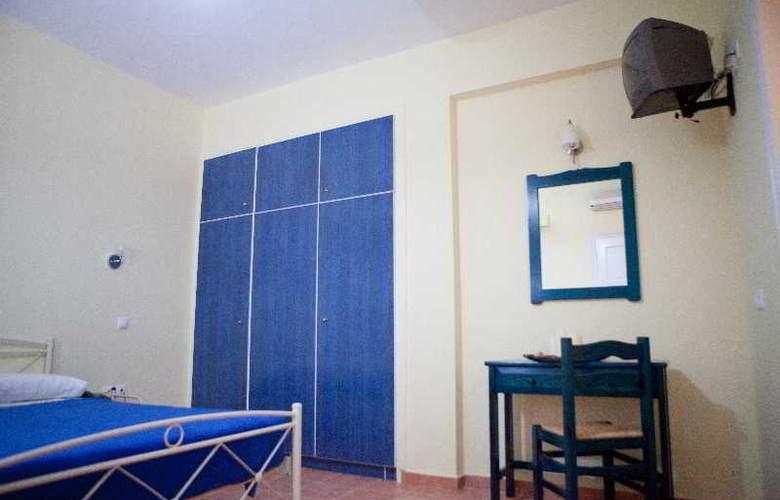 Venetia Studios - Room - 5