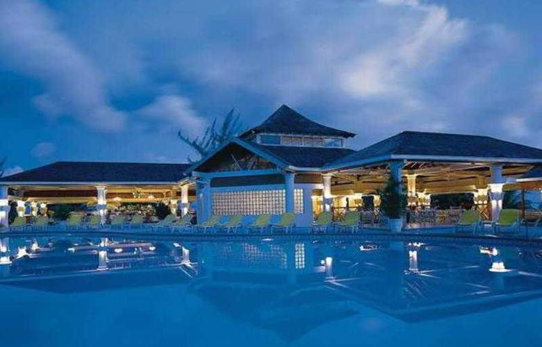 Jewel Runaway Bay Beach Resort & Waterpark – All-Inclusive Resort - Pool - 13
