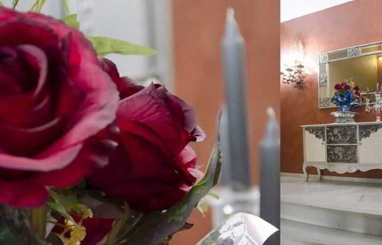 Palace Sevilla - Hotel - 3
