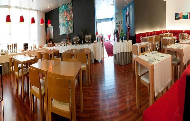 Exe Tres Cantos - Restaurant - 36