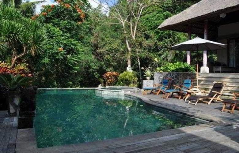 Kusuma Sari Villa - Pool - 8