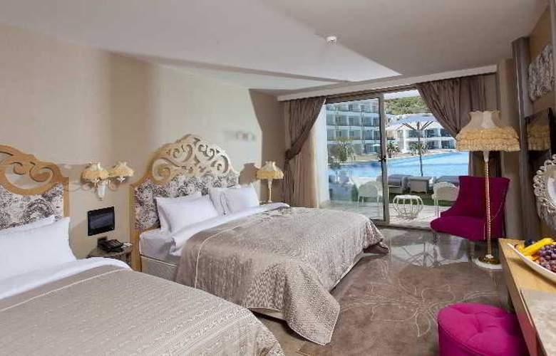 Thor Luxury Hotel & Villas - Room - 11