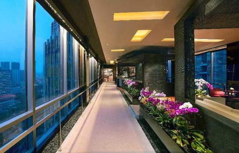 Grand Hyatt - Restaurant - 23