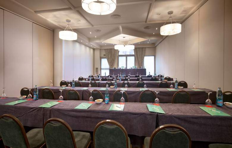 Silken Ciudad de Vitoria - Conference - 7