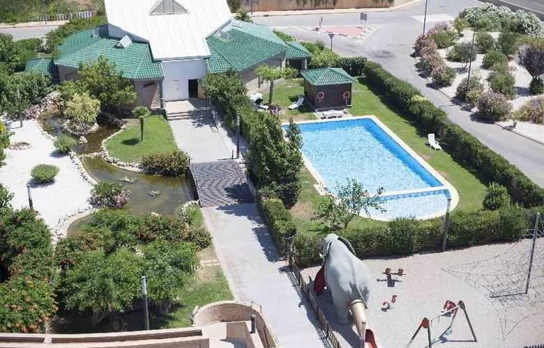 Simba - Pool - 10