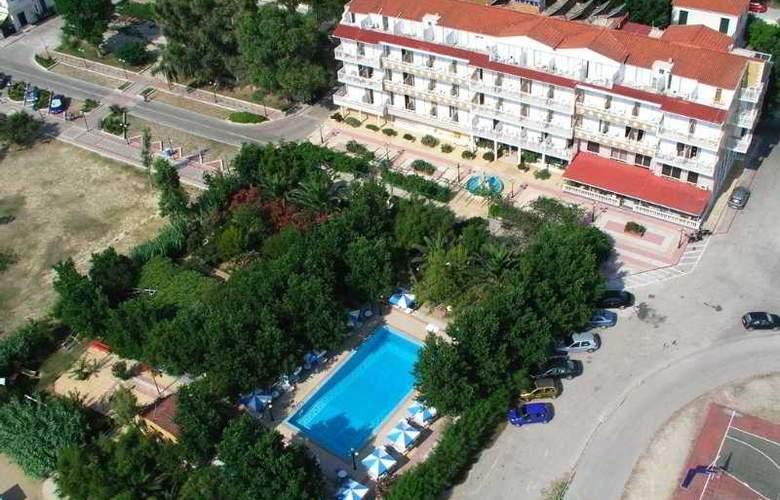Summery - Hotel - 2