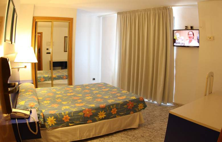 Vila-Real Marina Azul - Room - 12