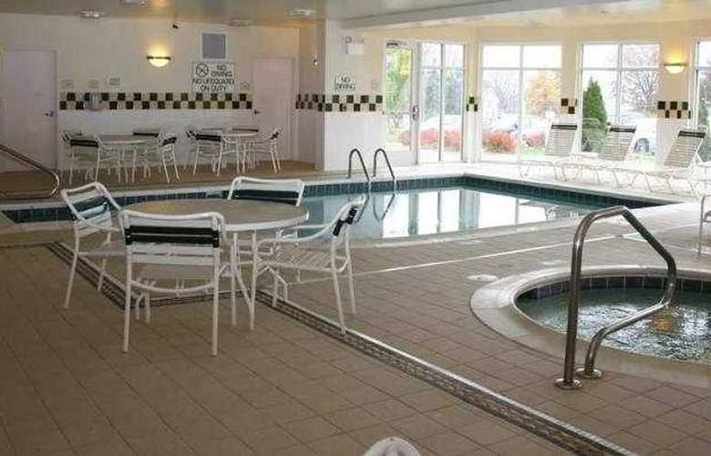 Hilton Garden Inn Wooster - Sport - 1