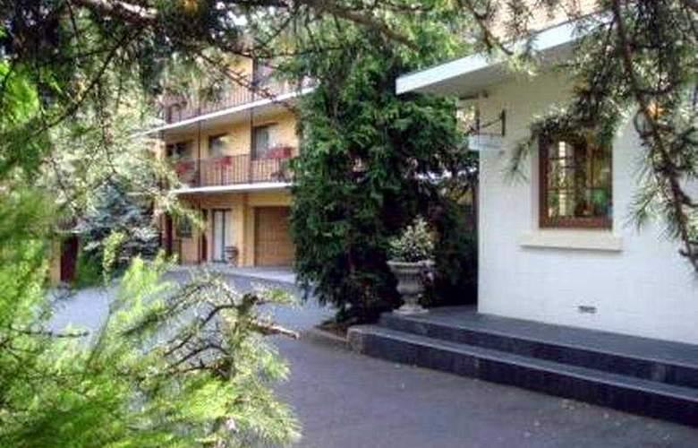 Grosvenor Court Apartments - General - 2