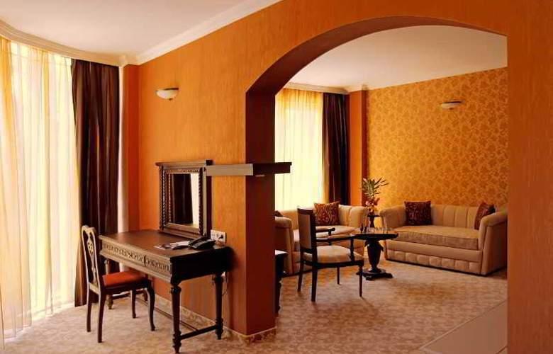 Park Hotel Plovdiv - Room - 18
