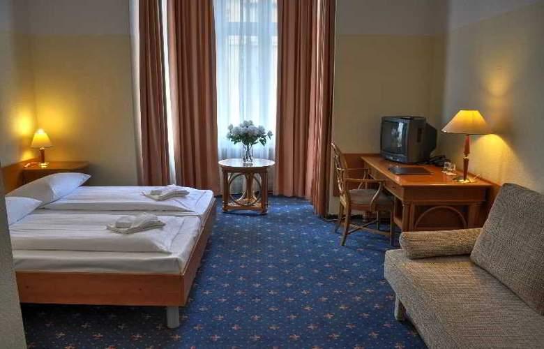 Europa City - Room - 2