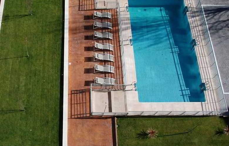 Be Smart Madrid Albufera - Pool - 2