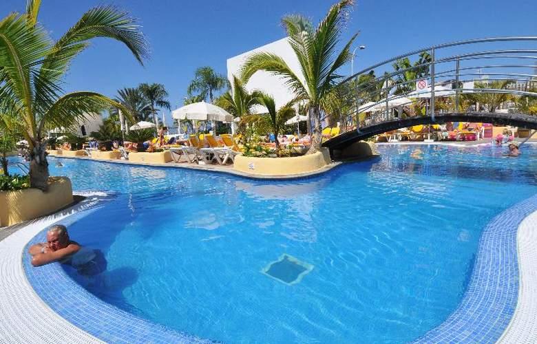 Paradise Park Fun Livestyle - Pool - 54