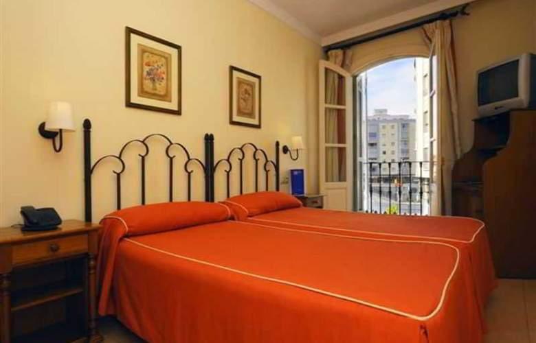 Tribuna Malagueña - Room - 4