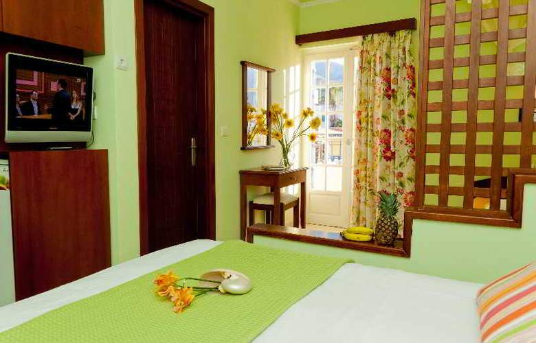 Philoxenia Hotel and Apartments - Room - 7
