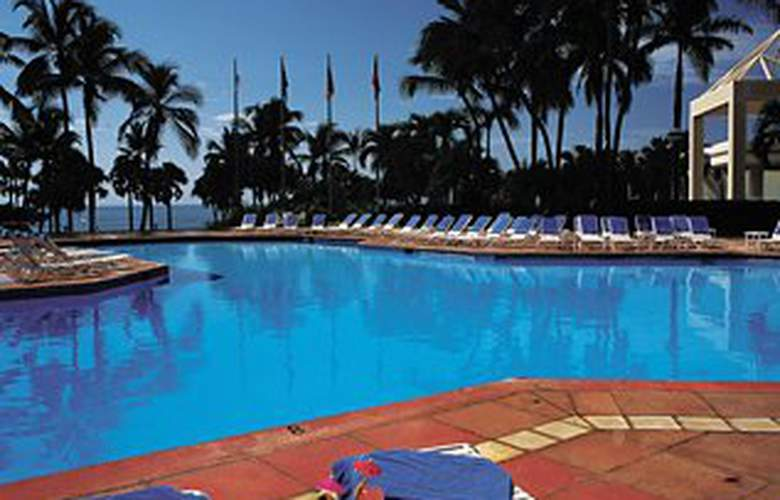Renaissance Santo Domingo Jaragua Hotel & Casino - Pool - 3