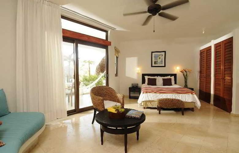 Playa Palms - Room - 0