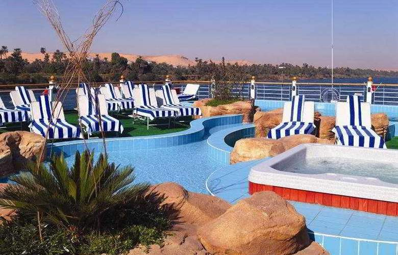 M/S Moevenpick Royal Lotus Nile Cruise (Aswan) - Pool - 3
