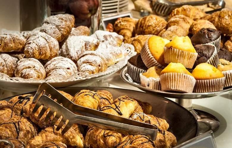 Best Western Premier Hotel Cristoforo Colombo - Restaurant - 28