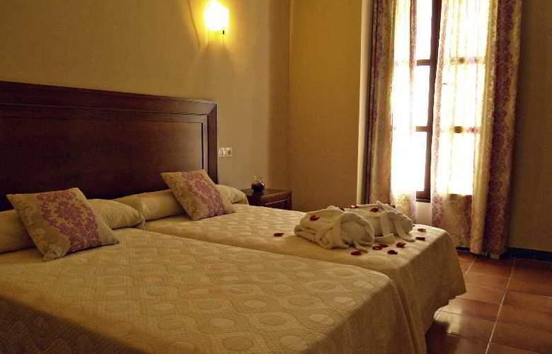 Sercotel Rosaleda de Don Pedro - Room - 3