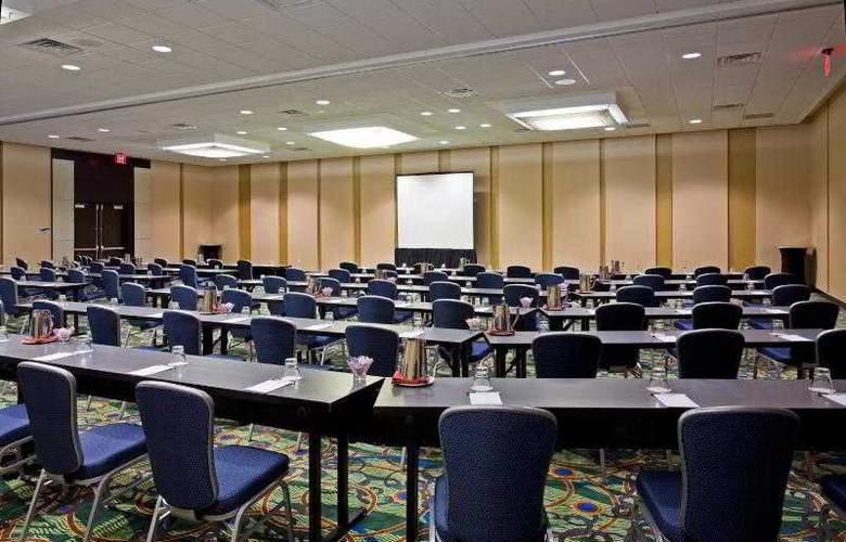Crowne Plaza Tampa Westshore - Hotel - 11