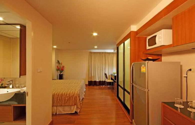I Residence Sathorn (Formerly Premier Residence) - Room - 9