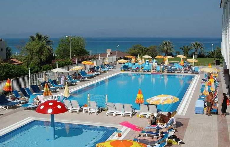 Hotel Ephesia - Pool - 4
