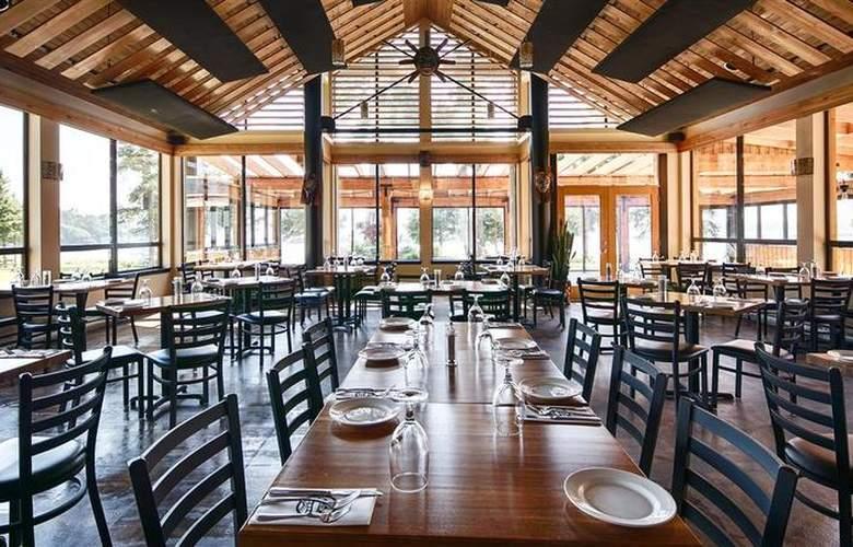Best Western Plus Inner Harbour - Restaurant - 62