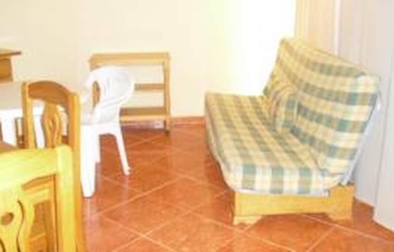 Apartamentos Tres Carabelas 3000 - Room - 3