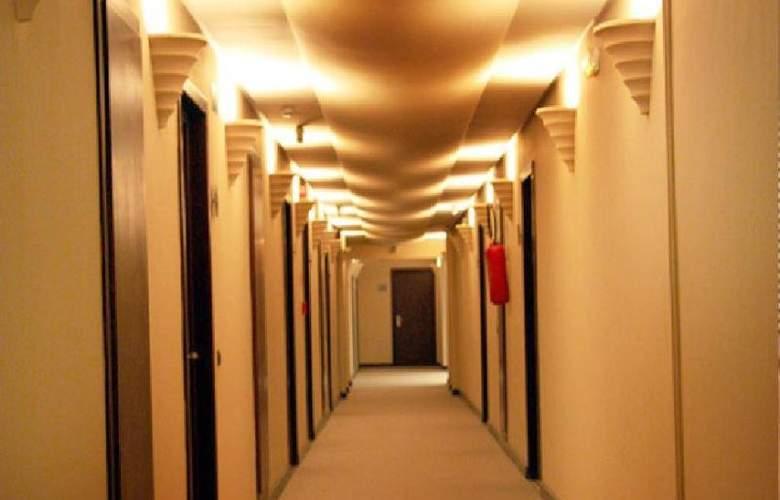 Golden Tulip Andalucia Golf Tangier - Hotel - 5