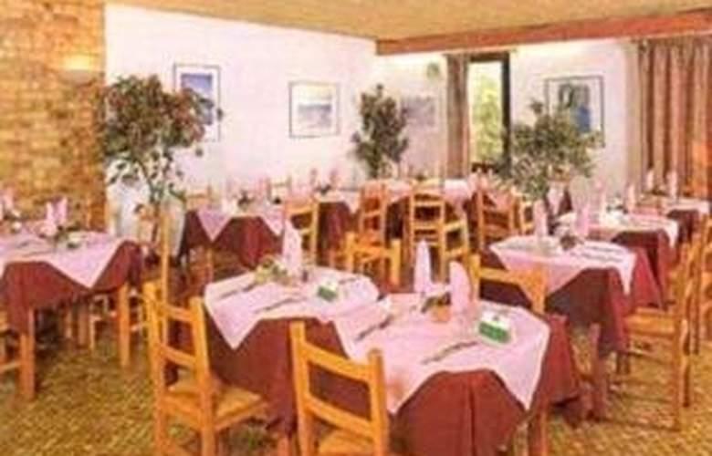 Comfort Hotel La Farlede - Restaurant - 2