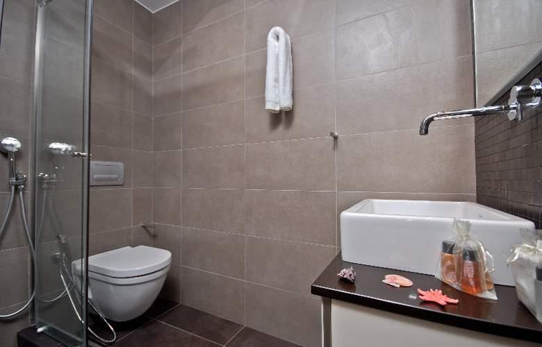 Xenia Hotel - Room - 9