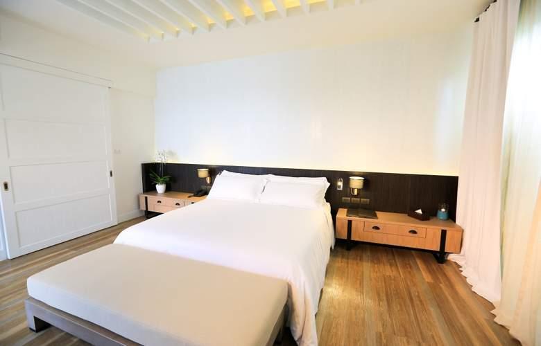 Celes Beachfront Resort - Room - 1
