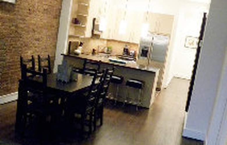 3 Bedroom Private Midtown Apartment - Room - 1