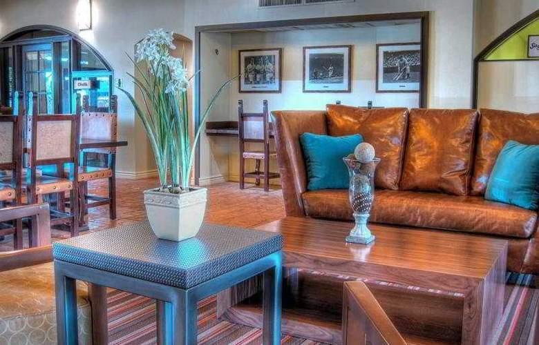 Dobson Ranch Inn - General - 1