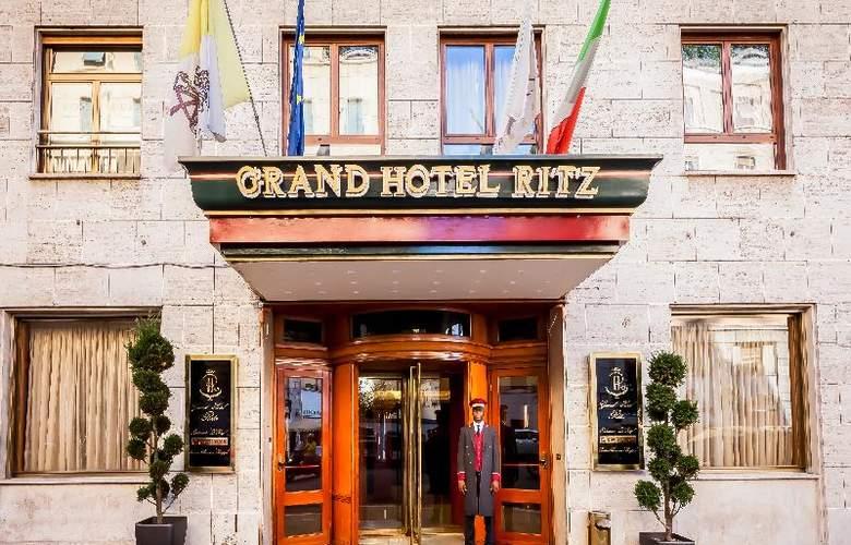 Radisson Blu GHR - Hotel - 3