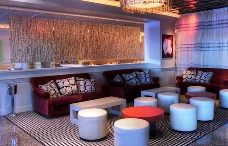 The Condado Plaza Hilton - Bar - 18