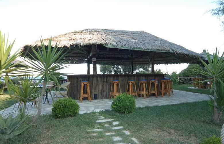 Vassilias beach - Bar - 3