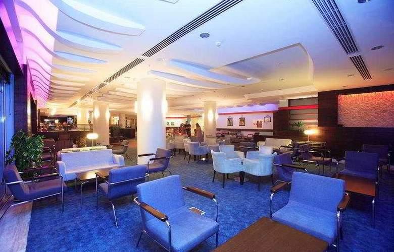 La Blanche Resort & Spa - Bar - 7